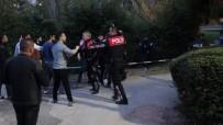 BIBER GAZı - Antalya'da İki Grup Arasında Kavga Açıklaması 10 Gözaltı