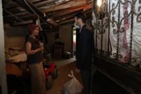 GÜNDOĞAN - Çekmeköy'de Korona Virüs Tedbirleri Kapsamında Evden Çıkmayan Yaşlılara Yemek Hizmeti