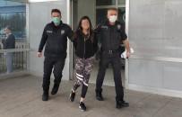 YENIDOĞAN - Hastanede Doktora Saldıran 'Genç Kız' Tutuklandı