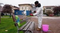 ŞIRINEVLER - İzmit Belediyesi'nden Bekirdere Ve Yenişehir'deki Parklarda Dezenfekte Çalışması