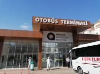 SUBAŞı - Antalya'da Yollar Yıkanarak Dezenfekte Ediliyor