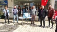 MUSTAFA ÇIFTÇI - Esnaftan Vatandaşlara Ücretsiz Dezenfektan