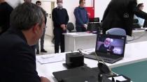 SKYPE - Kırıkkale Valisi Sezer, Evlerinden Çıkmayan Vatandaşlarla İnternetten Görüntülü Sohbet Etti