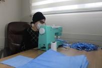 YAVUZ SULTAN SELİM - (Özel) Bu Mahallenin Kadınları Sağlık Çalışanları İçin Evlerinde Maske Dikiyor