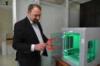 ÇIĞLI BELEDIYESI - Sağlık Çalışanları İçin 3D Yazıcıdan Yüz Siperliği Üretimi
