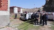 CUMHURIYET ÜNIVERSITESI - Sivas'ta Şüpheli Ölüm