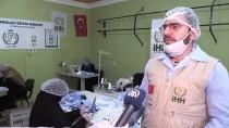 İNSANI YARDıM VAKFı - Suriyeli Kadınlar İhtiyaç Sahipleri İçin Maske Üretiyor