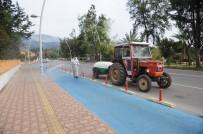 KALDIRIMLAR - Tekirova'da Dezenfekte Çalışmaları Devam Ediyor