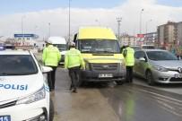 HALK OTOBÜSÜ - Toplu Ulaşımda 'Güvenli Mesafe' Düzenine Uymayan Yandı