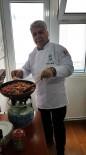SAKARYA ÜNIVERSITESI - Turizm İl Müdürü Personelinin Yemeğini Kendisi Yapıyor