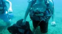 SU ÜRÜNLERİ - Antalya'da Akdeniz Ekosisteminde Nadir Görülen Denizanası Görüntülendi