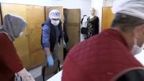 MESLEK LİSESİ - Eskişehir'de Lise Öğrencileri Ve Öğretmenler, Sağlıkçılar İçin Maske Üretiyor