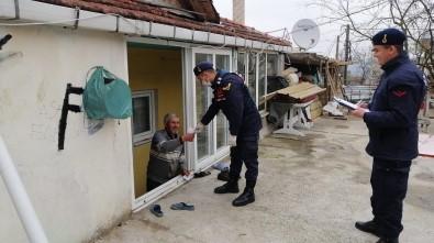Jandarmadan  Köylerde 'Dışarıya Çıkmayın' Anonsu