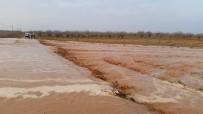 ŞİDDETLİ YAĞIŞ - Gaziantep'i Korona Virüsten Sonra Dolu Ve Sel Vurdu
