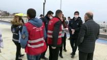 EDREMIT BELEDIYESI - Kullanılması Geçici Olarak Yasaklanan 'Sahil, Park Ve Mesire' Alanlarında Sıkı Denetim