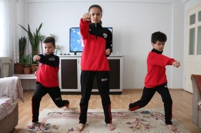Uzaktan Karate Eğitimlerine Başladılar