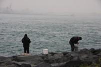SARAYBURNU - Yasağa Uymayan Vatandaşlar Balık Tutmaya Devam Ediyor