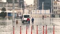 GALATA KÖPRÜSÜ - İstanbullular, Uyarıları Dinledi 'Evde Kaldı'