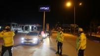 MUAMMER KÖKEN - Mersin'de Polis, Kovid-19 Riskine Karşı Sürücülerin Ateşlerini Ölçtü