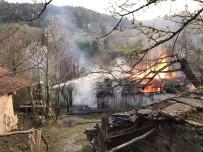 Çatalzeytin'de Bir Ev Yangında Kullanılamaz Hale Geldi