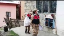 MEHMETÇIK - Mehmetçik, Kovid 19 Nedeniyle Evden Çıkamayan Yaşlı Vatandaşın Tarlasını Sürdü