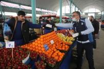 ESNAF ODASI - Odunpazarı Belediyesi Pazar Esnafına Maske Dağıttı