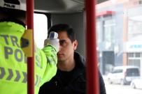 İBRAHIM YıLMAZ - Sakarya'da, Şehir Dışından Gelenlere Ateş Ölçerli Önlem