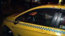 TAKSİ ŞOFÖRÜ - Ticari Taksilerde Plaka Uygulaması Başladı