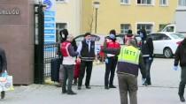 KANUNİ SULTAN SÜLEYMAN - Avrupa'dan Gelen İlk Kafilede Yer Alanların Karantina Yurtlarından Tahliyesi Başladı