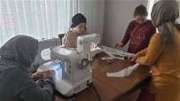 GEBZELI - Kocaeli'de Anneler Evlerinde Sağlık Çalışanlarına Siperlik Üretiyor