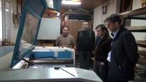 MESLEK LİSESİ - Manisalı Öğretmenler Sağlık Çalışanları 'Yüz Koruyucu Siperlik' Üretiyor
