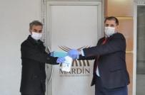 MUSTAFA YAMAN - Mardin'de Basın Mensuplarına Maske Ve Eldiven Desteği