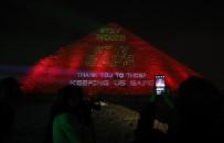 KAHIRE - Mısır Piramitlerinden Dünyaya 'Evde Kal' Mesajı