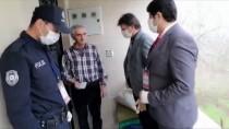 SALIH AYHAN - Sivas'ta 68 Yaşındaki Vatandaştan 'Biz Bize Yeteriz Türkiyem' Kampanyasına Duygulandıran Bağış