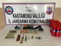 Çaldığı Silahları Camide Tabutta Saklayan Kişi Tutuklandı