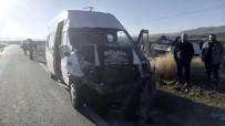 Nevşehir'de Öğretmen Servisi Kaza Yaptı Açıklaması 7 Yaralı
