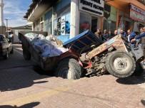 Nevşehir'de Traktör Çöken Yola Düştü