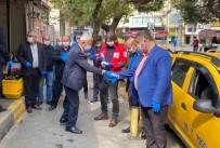ESNAF ODASI - İzmirli Taksicilere Maske Ve Eldiven