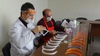 BİLİM MERKEZİ - Kırıkhan'da Siperlik Maske Üretiliyor