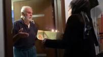 İLETİŞİM MERKEZİ - Korona Virüs Tedbirleri Nedeniyle Evden Çıkamayan Yaşlı Adama Sürpriz Doğum Günü Kutlaması