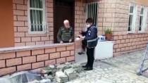 EMEKLİ MAAŞI - Rasim Dede '3 Aylığını' Milli Dayanışma Kampanyası'na Bağışladı
