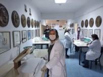 Ayvacık Halk Eğitim Merkezi İlçenin Maske İhtiyacını Karşılıyor