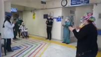 99 Yaşındaki Fatma Nine Koronayı Yendi