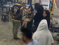 ORGANİZE SANAYİ BÖLGESİ - Ankara'da şok görüntü! Çadır deposunda basıldılar