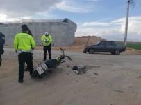 MOTOSİKLET SÜRÜCÜSÜ - Karaman'da Trafik Kazası Açıklaması 2 Yaralı