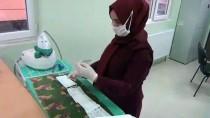Midyat'ta Halk Eğitim Merkezinde Usta Öğreticiler Gönüllü Maske Üretiyor