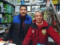 TAHTAKALE - (ÖZEL) Bursalı Muhtardan Evlere Emekli Maaşı Ve İkramiye Servisi