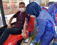 KAN BAĞıŞı - Tarsus Belediyesi Personelinden Kızılaya Kan Bağışı