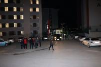 ÖMER HALİSDEMİR - Yurtta Çalışan Güvenlik Görevlisi Av Tüfeğiyle Yaralandı