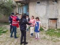 23 Nisan Dolayısıyla Çocuklara Türk Bayrağı Ve Oyuncak